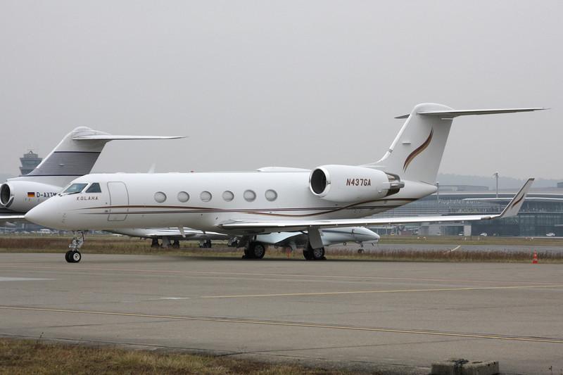 N437GA Gulfstream G4SP c/n 1437 Zurich/LSZH/ZRH 26-01-12