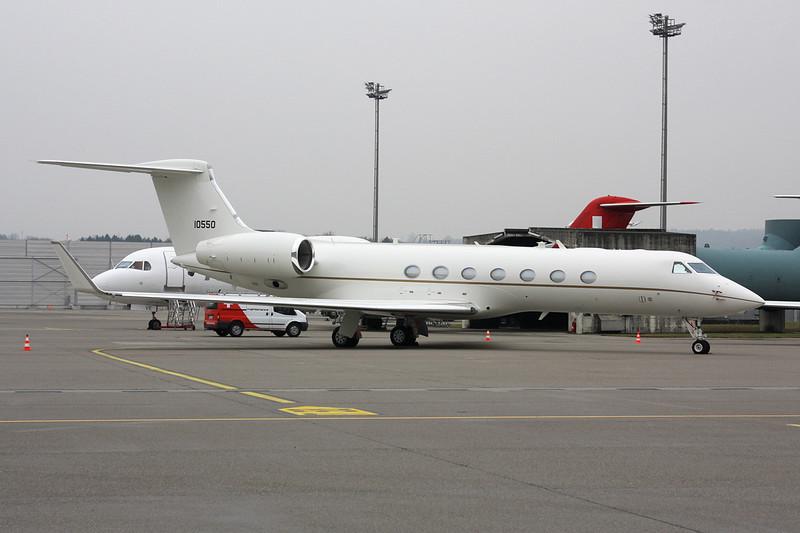 """11-0550 Gulfstream C-27B """"United States Air Force"""" c/n 5297 Zurich/LSZH/ZRH 26-01-12"""