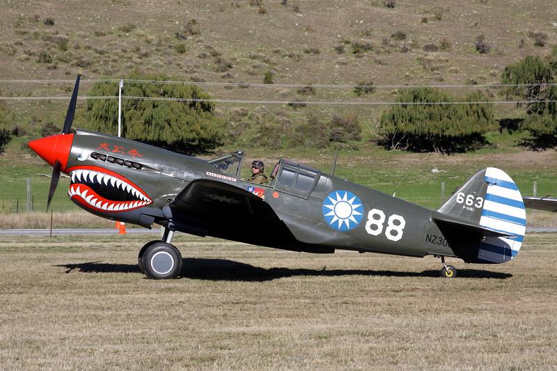 ZK-RMH (NZ3009/88/P-11151/663) Curtiss P-40E Kittyhawk IA c/n 19669 Wanaka/NZWF/WKA 06-04-12