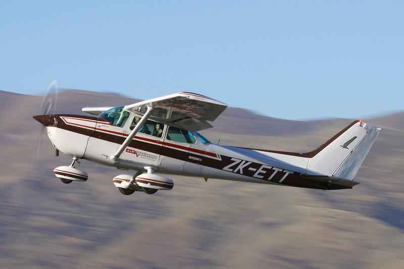 ZK-ETT Cessna 172P c/n 172-74937 Wanaka/NZWF/WKA 07-04-12