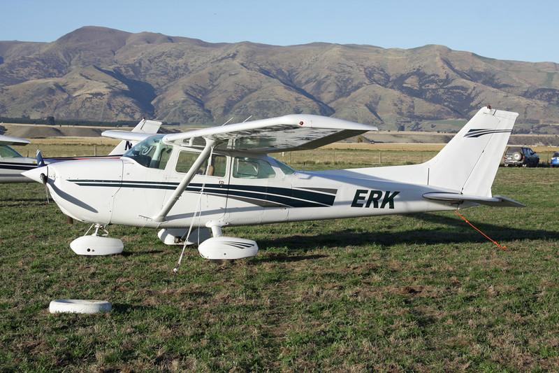 ZK-ERK Cessna 172N c/n 172-70697 Wanaka/NZWF/WKA 06-04-12