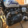 Triumph Bonneville -  (2)