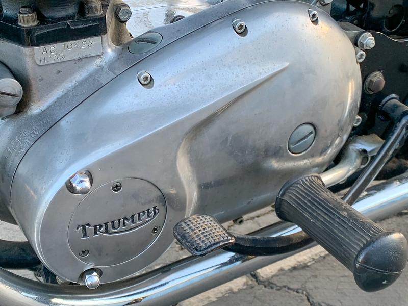 Triumph Bonneville -  (7)