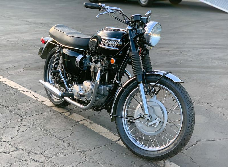 Triumph Bonneville -  (19)