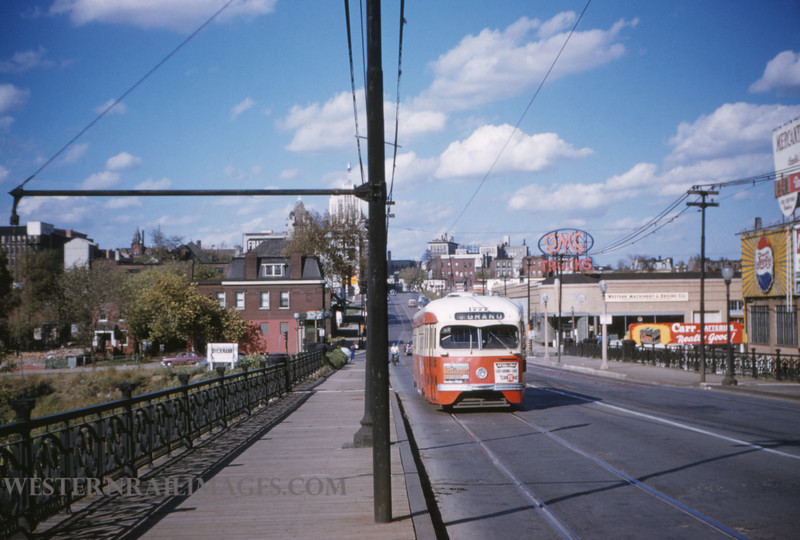 PSCO 40 - Oct 3 1954 - pcc car 1777 on grande south of Market looking north - St Louis MO