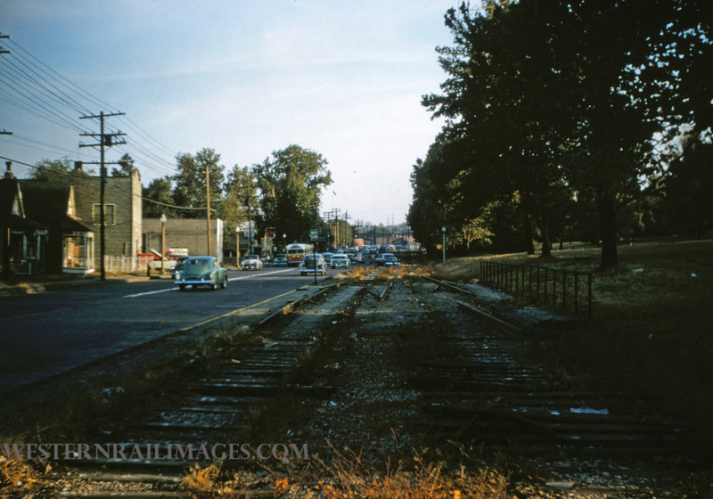 PSCO 175 - Oct 9 1956 - looking south along broadway line R of W at fairgrounds park - St Louis MO