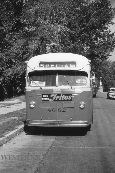 PSCO 7 - Aug 3 1954 - Mack Bus 4082 at Holly Hills & Grande @ St Louis MO - by Jim ozment