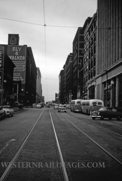 PSCO 182 - Nov 2 1956 - looking west on Washington near 14th St - St Louis MO