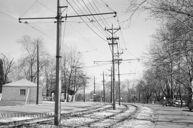 PSCO 190 - Mar 20 1957 - looking east on University near Flynn Park University City MO