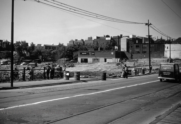 PSCO 112 - May 31 1955 - looking northwest at Grand & Market shoo fly construction - St Louis MO