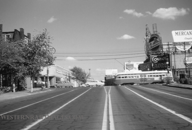 PSCO 44 - Oct 3 1954 - looking east at Grand & Market - St Louis MO
