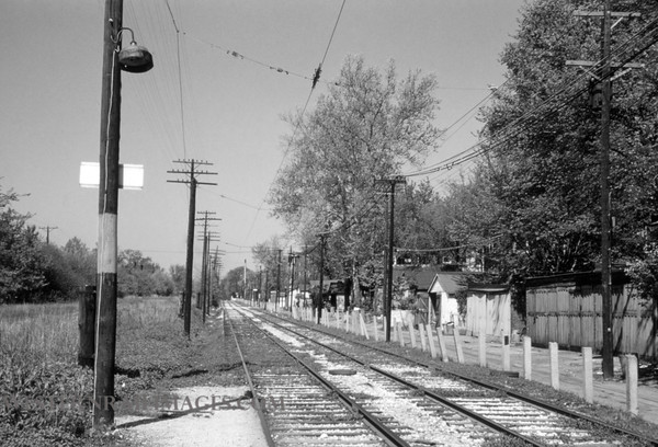 PSCO 202 - Apr 30 1957 - looking west on University line from Des Peres Ave - St Louis MO