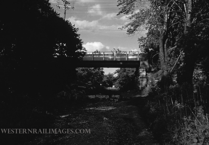 PSCO 212 - May 26 1957 - looking east at Ashby Rd on abandoned Creme Coeur line - St Louis MO