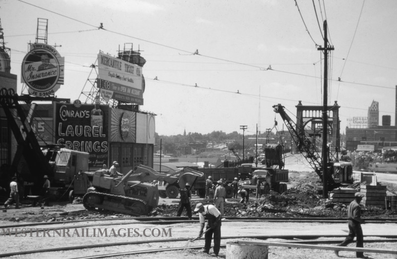 PSCO 128 - Jun 28 1955 - looking south @ Grand & Market - St Louis MO