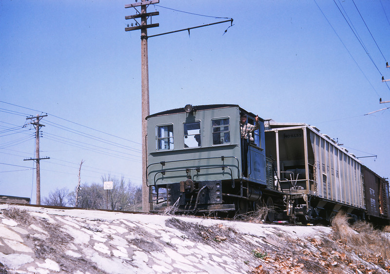 WWII 17 - Apr 16 1958 - Diesel no 3 along riverwiew blvd St Louis MO