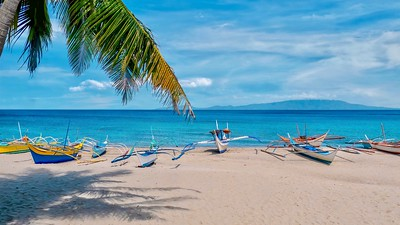 Beautiful White Beach in Puerto Galera, Philippines.