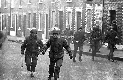 Northern Ireland Troubles Riot Action Snatch Squad