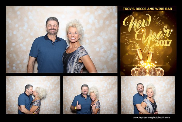 Troy's Bocce and Wine Bar NYE Party