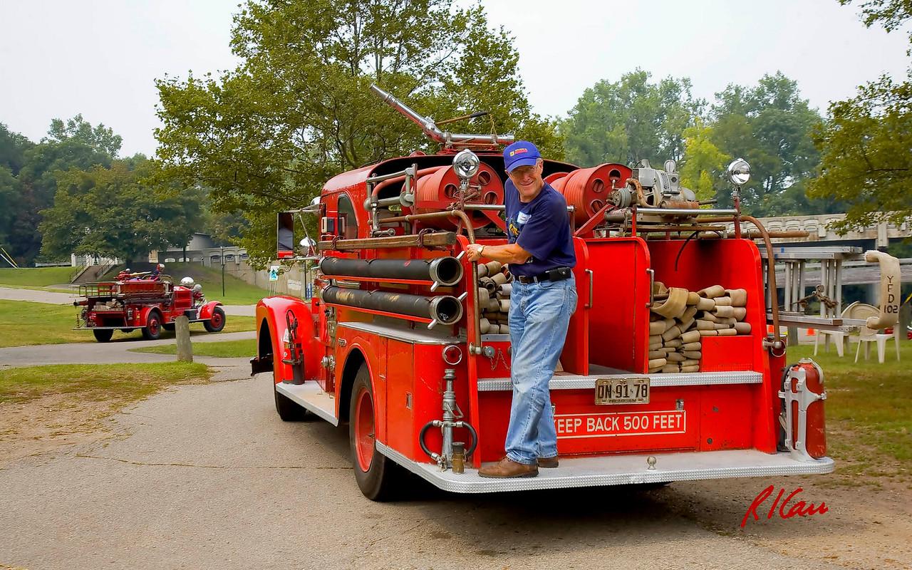 Fire engines, trucks, apparatus, historical: Seagrave pumper, Ypsilanti Fire Department. Fire apparatus Muster, Riverside Park, Ypsilanti, Michigan August 26, 2006