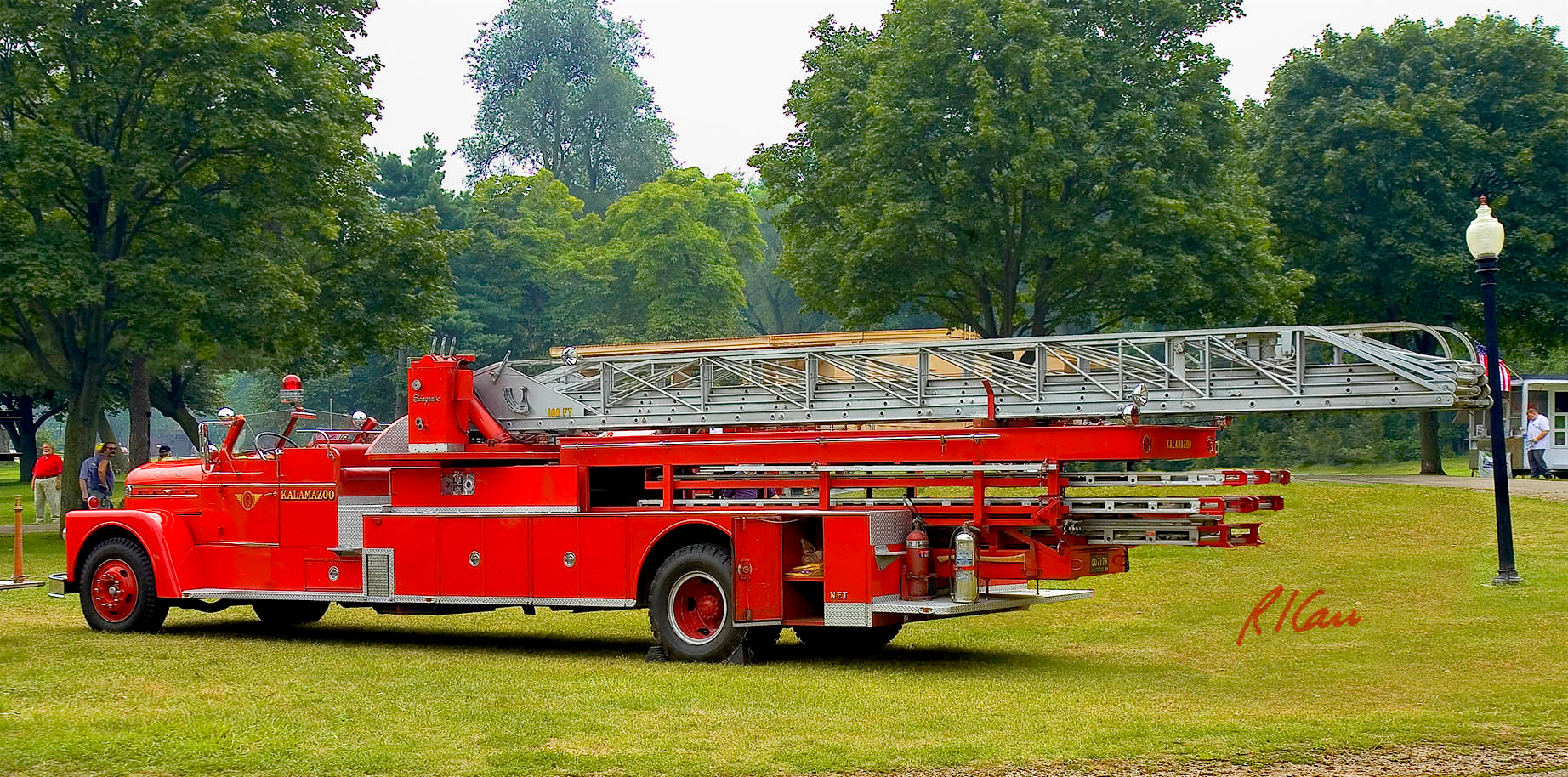 Fire engines, trucks, apparatus, historical: Seagrave 100 foot height aerial fire truck, circa early 1960s,  Kalamazoo, Michigan Fire Department. Fire apparatus Muster, Riverside Park, Ypsilanti, Michigan August 26, 2006