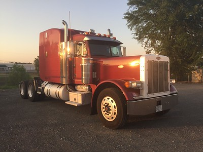 Big Red - Peterbilt 379