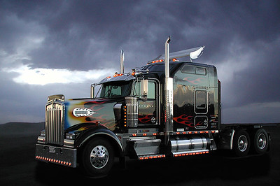 Boss Hogg - Kenworth W900