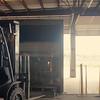 Forklift_Unload_Glass_01
