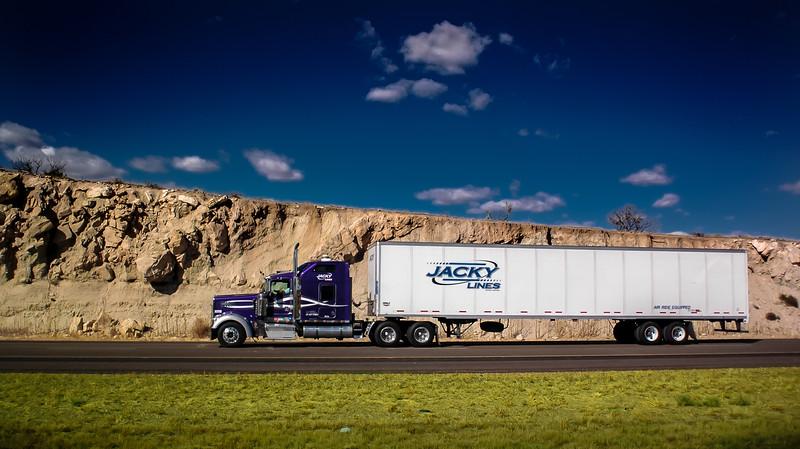 0_truck_103010_105
