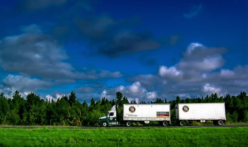 1_truck_082709_43
