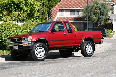 1992 Toy 4WD V6 Pickup