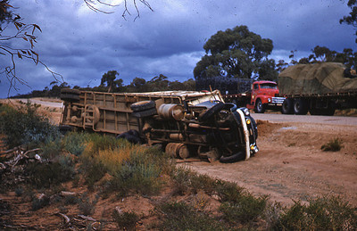 1955 Dodge H Series owned & driven by Les Howell of Albury. Load was tyres from the Goodyear plant.