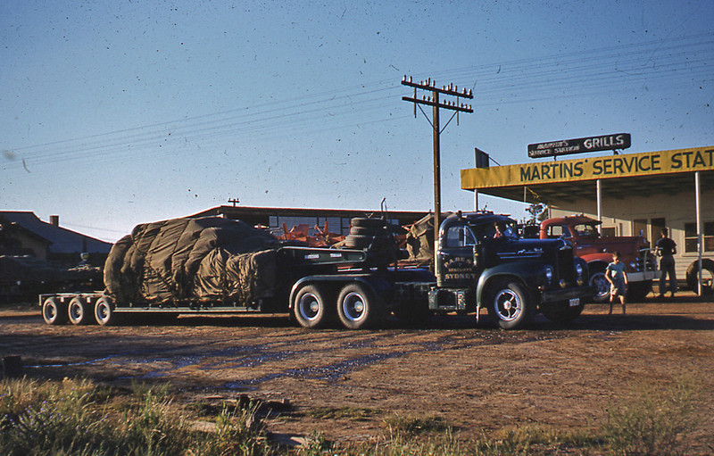 B model Mack owned by P.A. (Paddy) Best of Arncliffe NSW loaded with Salt from Adelaide bound for Sydney. Driver was Lance Dowling