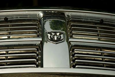 Dodge Ram 3500 MegaCab Laramie 2008