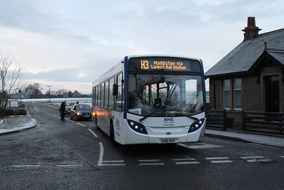 KX10DVF is one of the Wave operated NHS buses to and from Forth Valley Royal Hospital
