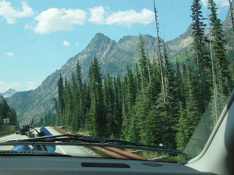 Coming up to Washington Pass.