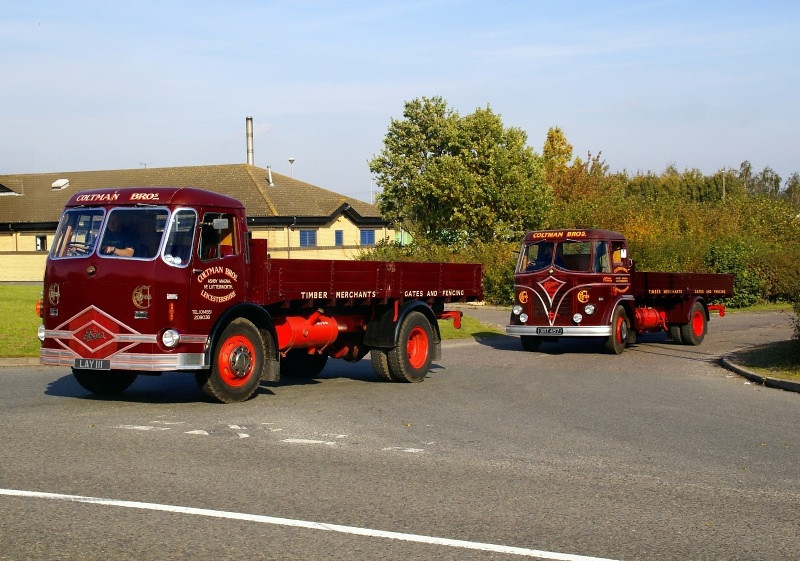 LAY 111 FODEN FE 4/8 1954 & XRT 457 FODEN