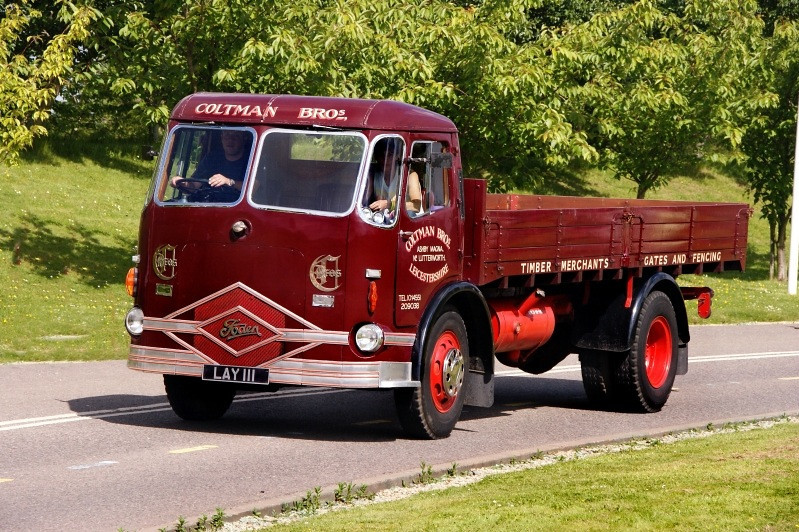 LAY 111 FODEN FE4/8 1954