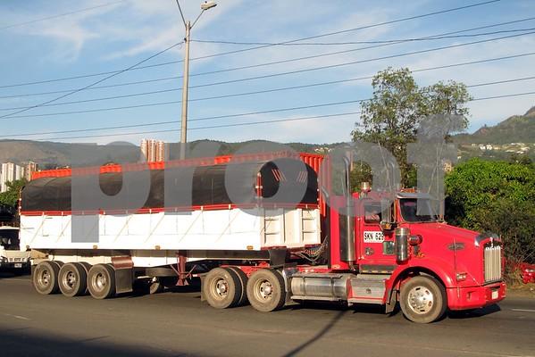 Trucks in Colombia 2016