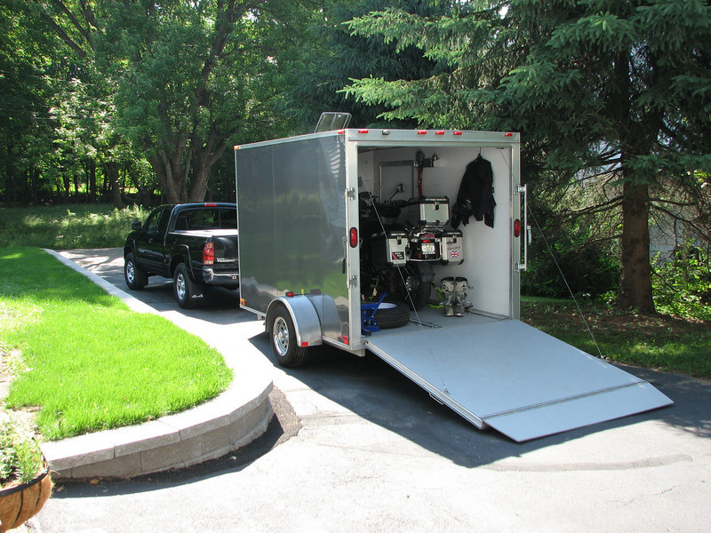 2004 Thule CargoPro trailer.  Maybe it doesn't count as a car, but it's a nice trailer!