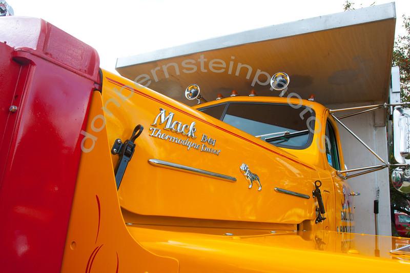truck_day_0056