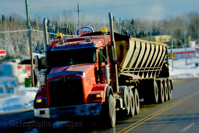 Trucking, 2016,