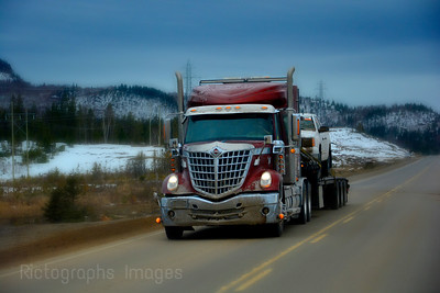 Trucking Canada's Highway Seventeen