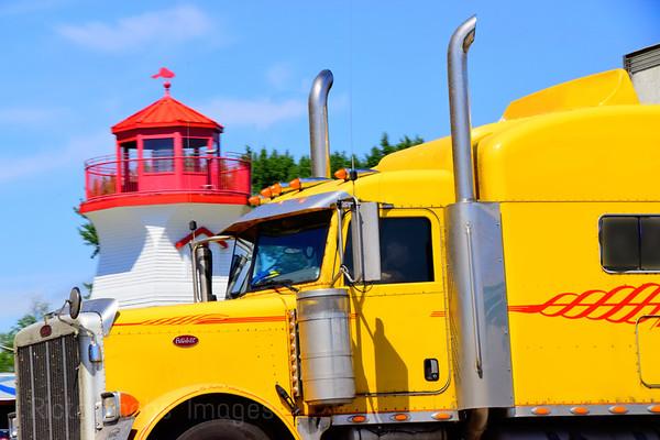 Travel Trucking, 2019