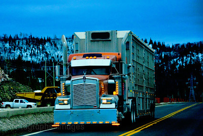 Trucking Canada, Rictographs Images