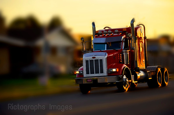 Trucking, Rictographs Images
