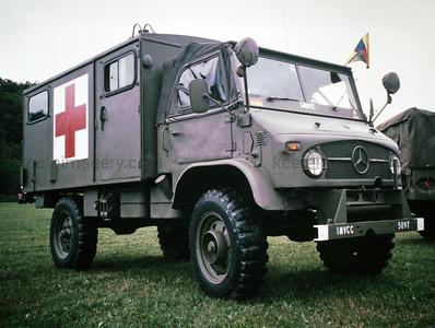 Mercedes-Benz Unimog S404