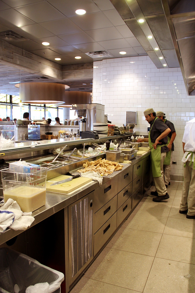 As with all True Food locations, the kitchen is open to the dining area so that patrons can see the raw ingredients and the simple, skillful preparation techniques.