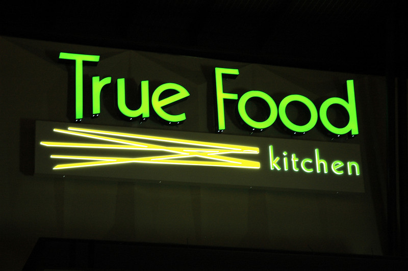 True Food Kitchen Oct. 25, 2008 019