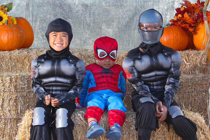 2012-10-29 Trunk or Treat Portraits