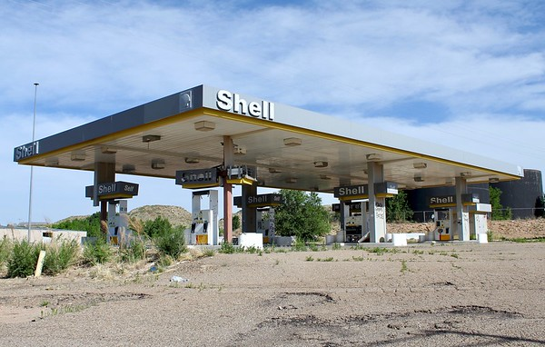 Abandoned Shell station (2018)